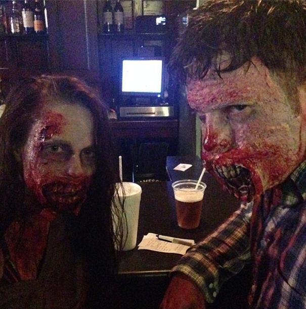 Zombiecouple3