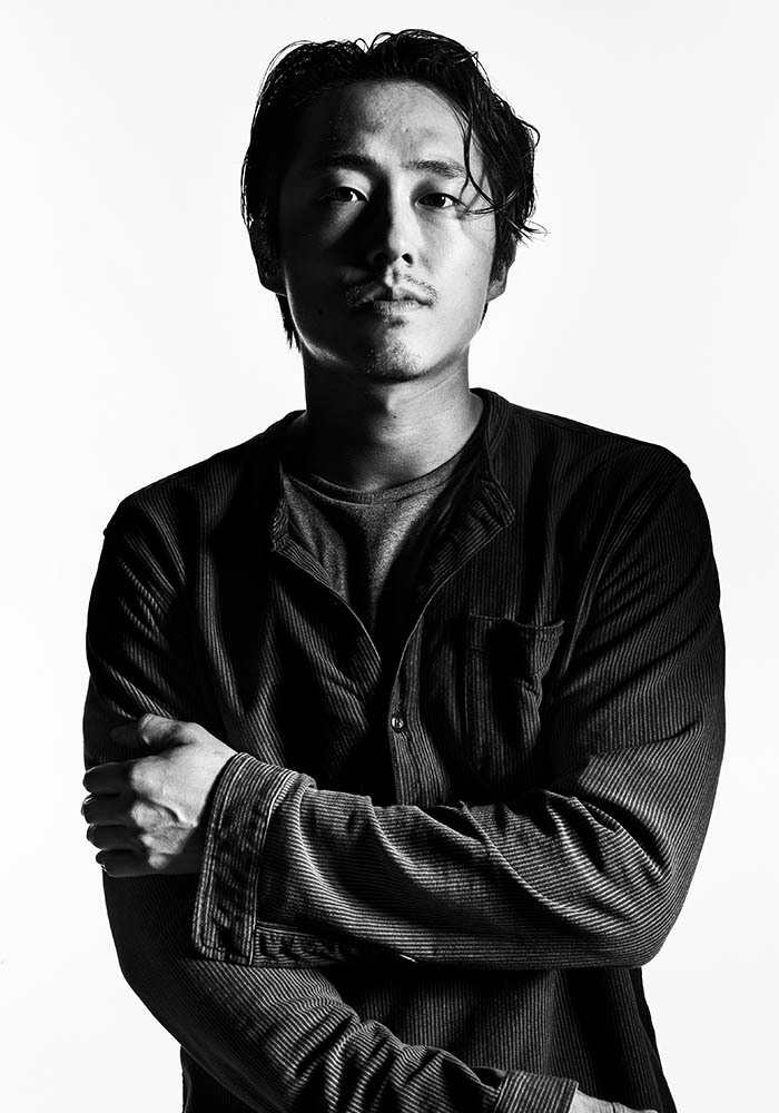 the-walking-dead-season-7-glenn-yeun-gallery-700