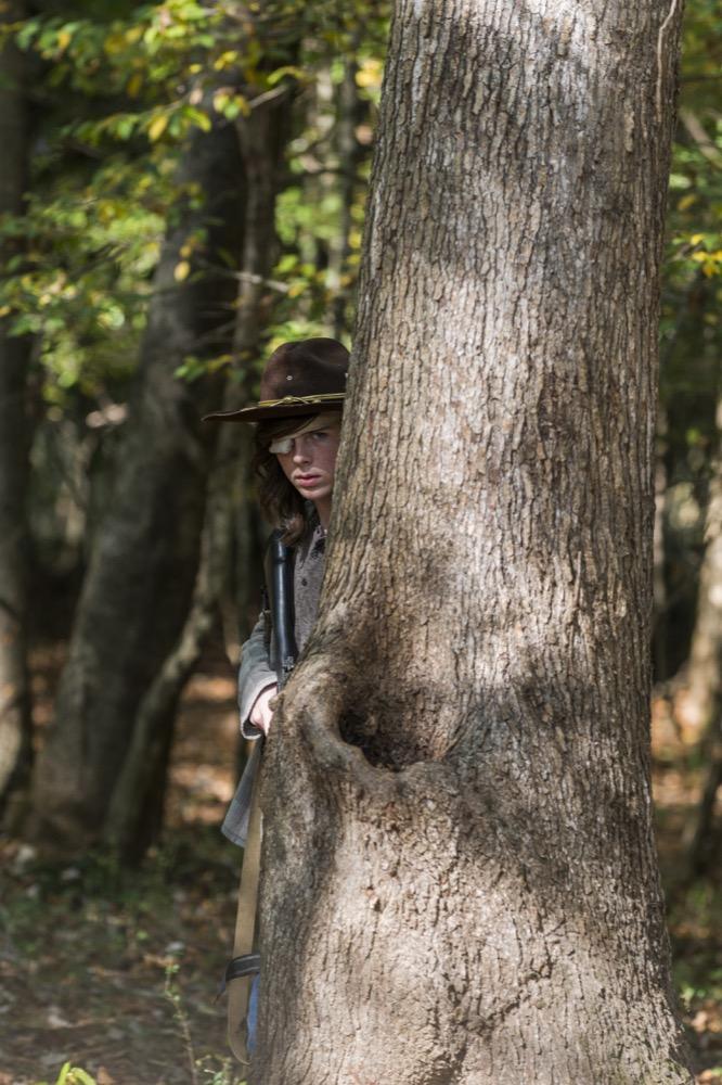 Chandler Riggs as Carl Grimes- The Walking Dead _ Season 7, Episode 15 - Photo Credit: Gene Page/AMC