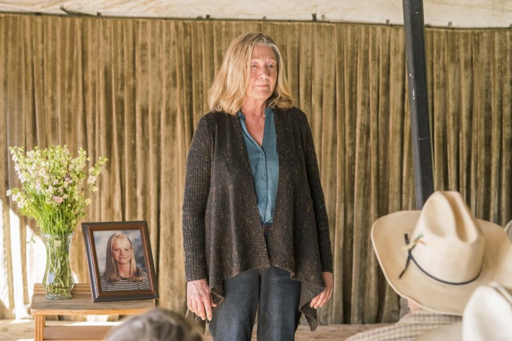 Sarah Benoit as Pat Daley - Fear the Walking Dead _ Season 3, Episode 3 - Photo Credit: Michael Desmond/AMC