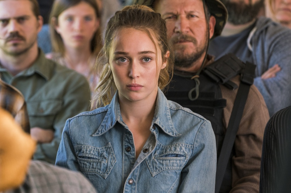 Alycia Debnam-Carey as Alicia Clark- Fear the Walking Dead _ Season 3, Episode 3 - Photo Credit: Michael Desmond/AMC