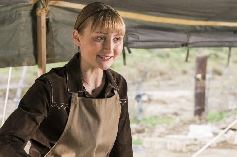 Rae Gray as Gretchen Trimbol - Fear the Walking Dead _ Season 3, Episode 3 - Photo Credit: Michael Desmond/AMC