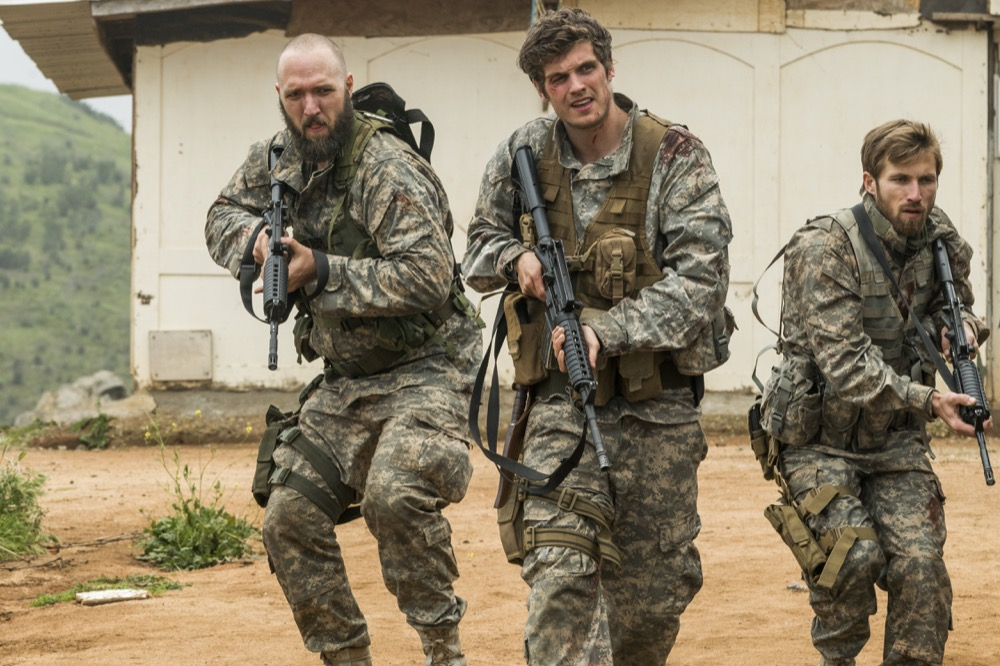 Daniel Sharman as Troy Otto, Matt Lasky as Coop, Justin Deeley as Mike Trimbol - Fear the Walking Dead _ Season 3, Episode 5 - Photo Credit: Richard Foreman, Jr/AMC