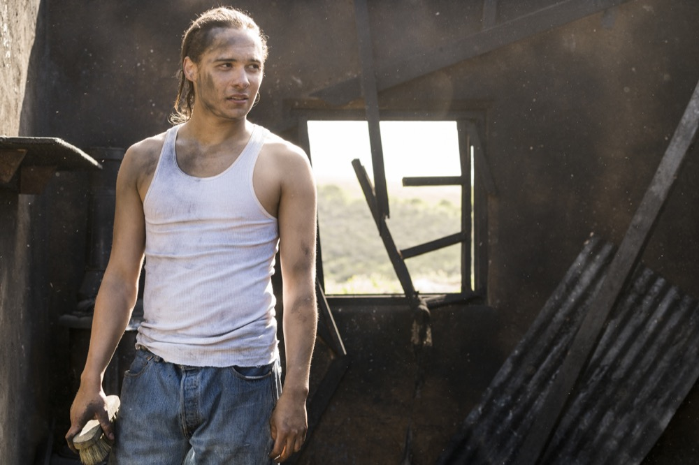 Frank Dillane as Nick Clark - Fear the Walking Dead _ Season 3, Episode 5 - Photo Credit: Richard Foreman, Jr/AMC