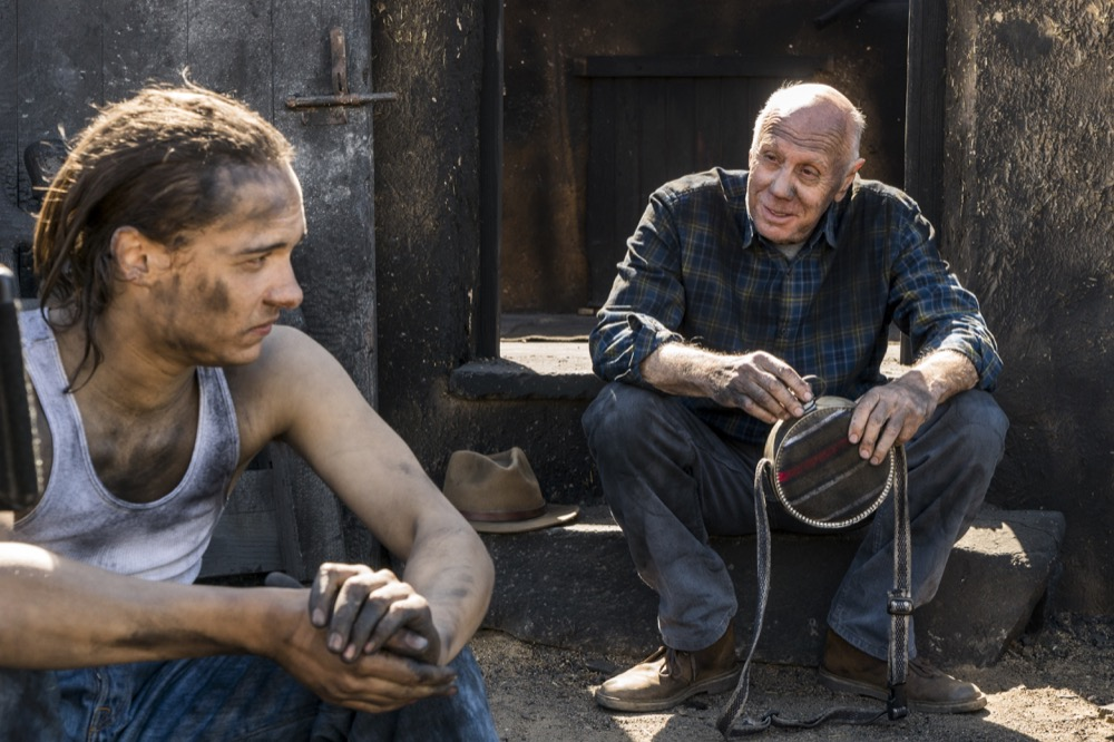 Frank Dillane as Nick Clark, Dayton Callie as Jeremiah Otto - Fear the Walking Dead _ Season 3, Episode 5 - Photo Credit: Richard Foreman, Jr/AMC