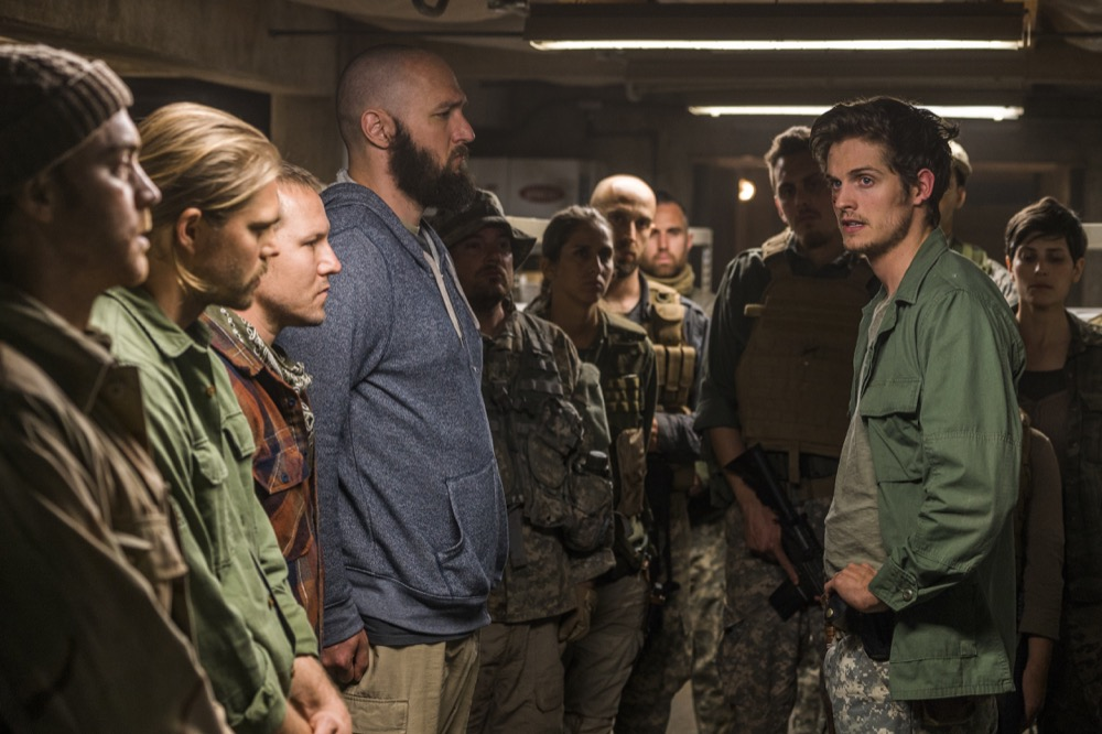 Daniel Sharman as Troy Otto, Matt Lasky as Coop - Fear the Walking Dead _ Season 3, Episode 6 - Photo Credit: Richard Foreman, Jr/AMC