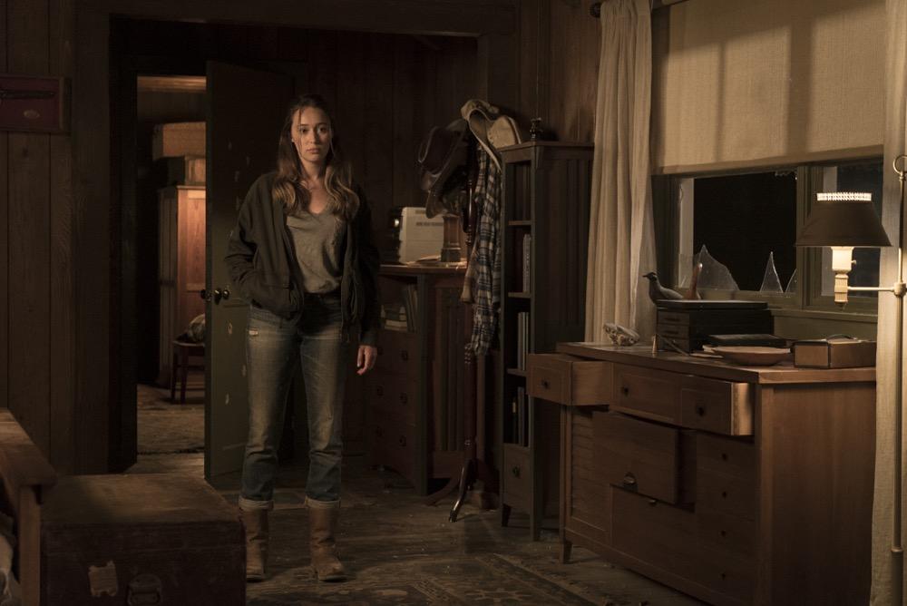Alycia Debnam-Carey as Alicia Clark - Fear the Walking Dead _ Season 3, Episode 10 - Photo Credit: Richard Foreman, Jr/AMC