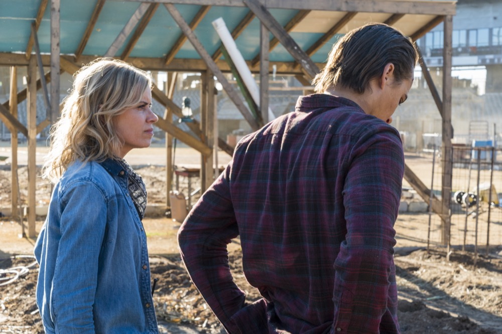 Frank Dillane as Nick Clark, Kim Dickens as Madison Clark - Fear the Walking Dead _ Season 4, Episode 3 - Photo Credit: Richard Foreman, Jr/AMC