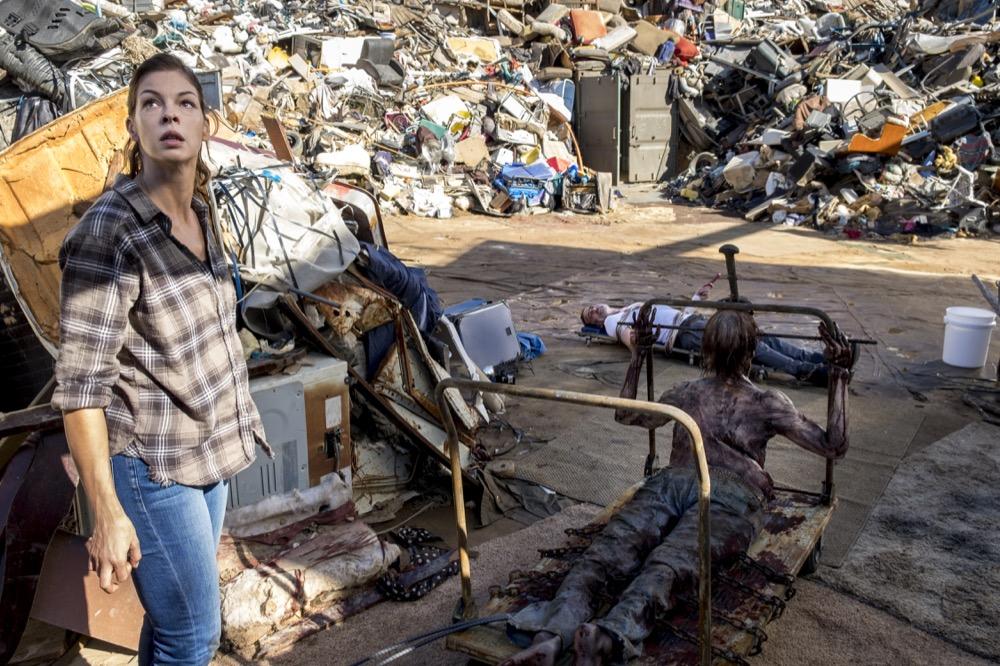 Jeffrey Dean Morgan as Negan, Pollyanna McIntosh as Jadis - The Walking Dead _ Season 8, Episode 14 - Photo Credit: Gene Page/AMC