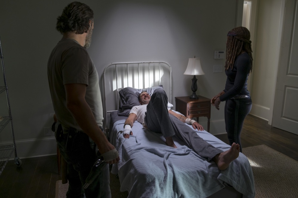 Andrew Lincoln as Rick Grimes, Jeffrey Dean Morgan as Negan, Danai Gurira as Michonne - The Walking Dead _ Season 8, Episode 16 - Photo Credit: Gene Page/AMC