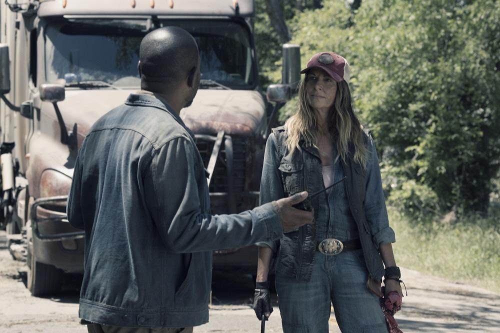 Lennie James as Morgan Jones, Mo Collins as Sarah- Fear the Walking Dead _ Season 4, Episode 12 - Photo Credit: Ryan Green/AMC