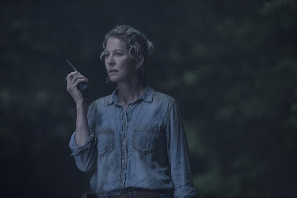 Jenna Elfman as Naomi- Fear the Walking Dead _ Season 4, Episode 12 - Photo Credit: Ryan Green/AMC