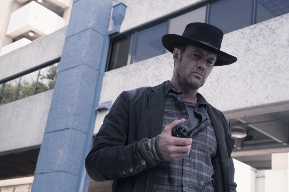 Garret Dillahunt as John Dorie - Fear the Walking Dead _ Season 4, Episode 15 - Photo Credit: Ryan Green/AMC