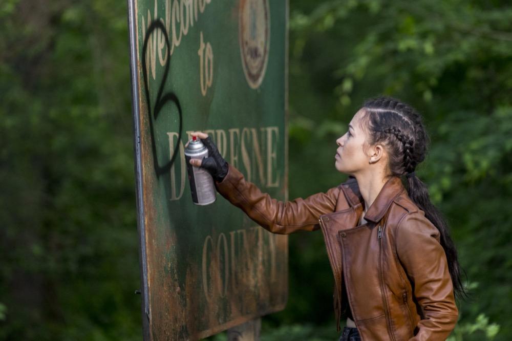 Christian Serratos as Rosita Espinosa- The Walking Dead _ Season 9, Episode 1 - Photo Credit: Jackson Lee Davis/AMC