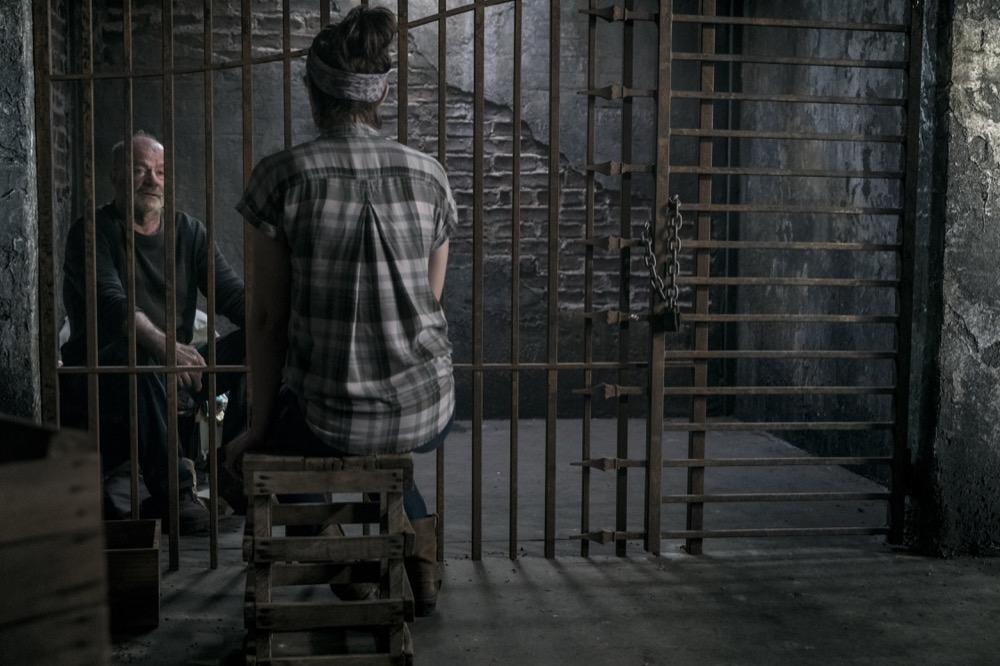 John Finn as Earl, Lauren Cohan as Maggie Rhee- The Walking Dead _ Season 9, Episode 2 - Photo Credit: Jackson Lee Davis/AMC